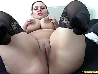 German BBW Samantha teasing..