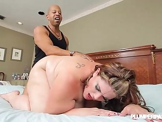BBW Erin Green Fucks Shane..