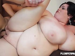 Huge Tit MILF BBW Is Oiled..
