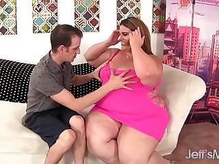 Heavy weight BBW Erin Green..