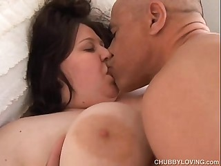 Bubbly big tits BBW loves to..