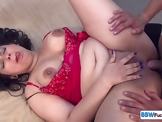 Spanish BBW Gets Deep Anal..