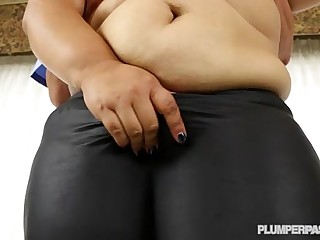 Cop leaves Creampie for BBW..