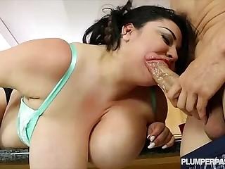 Huge Tit BBW Latina Julia..