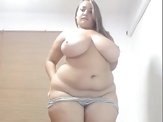 Thick bbw live strip tease..