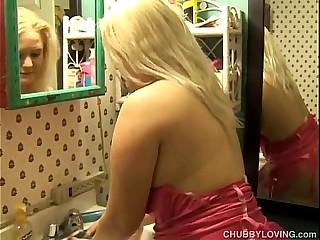 Beautiful big tits blonde..