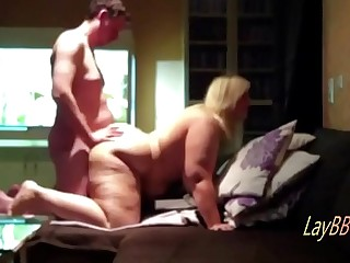 huge tits blonde BBW get..