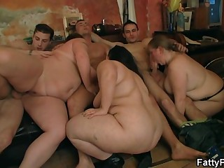 Group oral prelude and BBW..