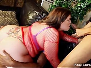 Plump Pornstar Lisa Sparks..