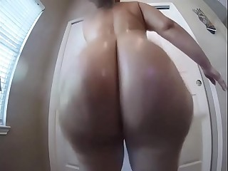 big fat porn ass clapping..