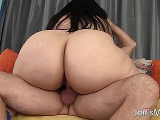 Big ass bounces on fat cock..