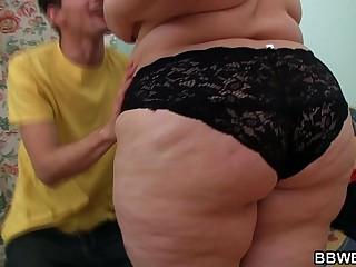 Cute fat ass booty plumper..