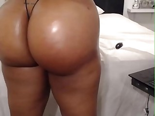 HD Fat ass ebony on webcam -..