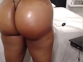 HD Fat ass ebony on webcam -..