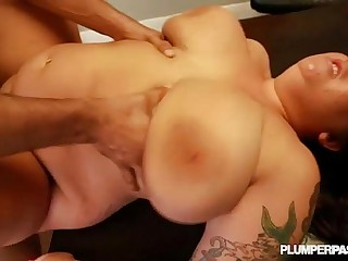 Sexy Plump Slut Fucks Big..