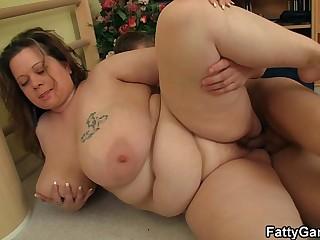 Big booty faty fucks fitness..