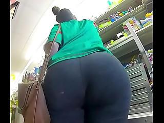 Big Fat Ass Latina MILF