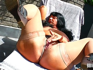 Fat German milf fuck dildo..