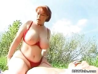Horny fat slut got fucked..