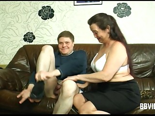 Fat german milf gets nailed..