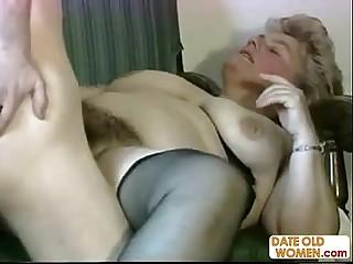 Granny very hairy pussy..