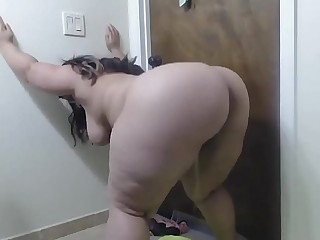 Crazy BBW Piss On The Floor..