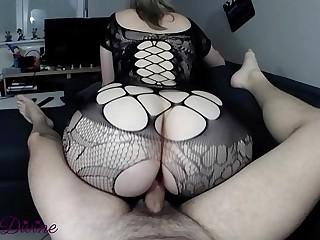 A milf in ultra sexy..
